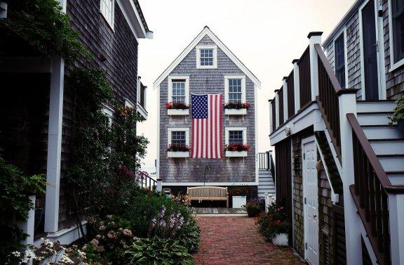 为什么美国短期豪华住宅物业租赁市场如此火爆?