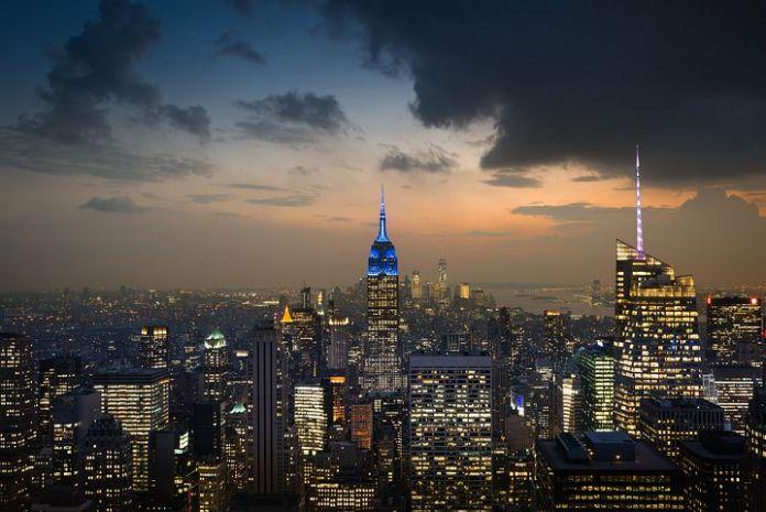 曼哈顿皮埃尔豪华公寓以 299.5 万美元的价格上市