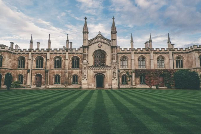 美国黑石集团耗资 46.6 亿英镑押宝英国学生住房市场