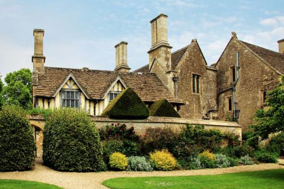 冻结的英国房产市场使买家陷入困境