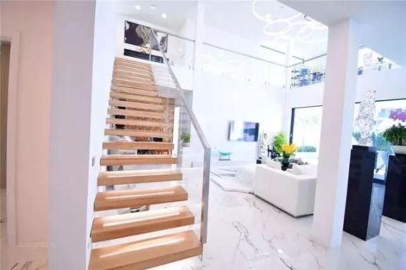楼梯及样板间