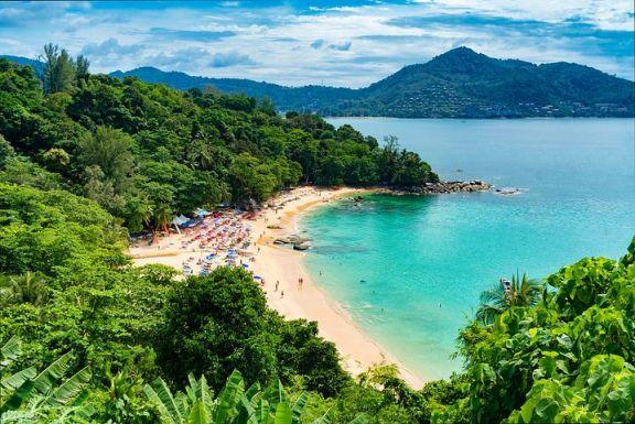 位于普吉岛的泰国百万富翁大道,拥有最豪华的海滨别墅