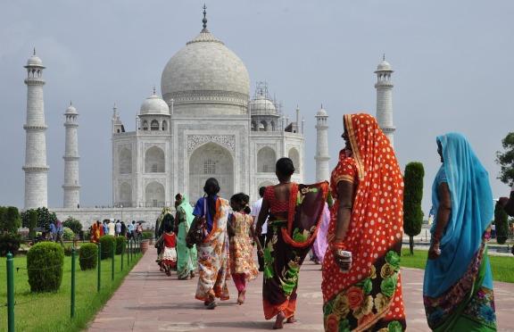 印度经济放缓,房产市场疲软,租金收益率较低