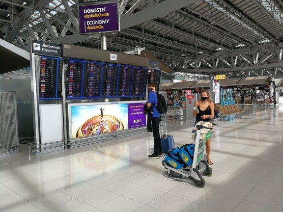 泰国计划缩短入境人员隔离期以吸引游客