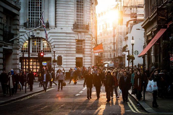 伦敦顶层公寓以 2.41 亿美元的价格出售