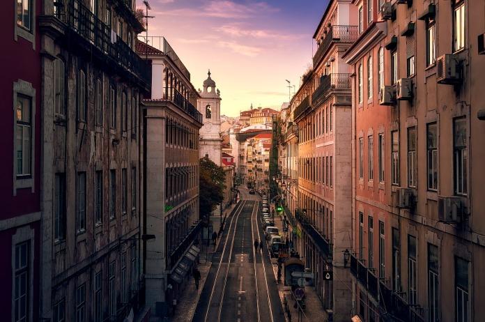 """葡萄牙希望削减对外国购房者""""黄金签证""""激励措施"""