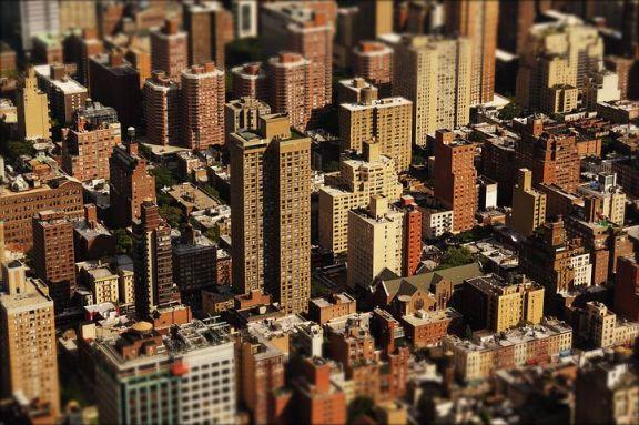 美国房价增速放缓,疫情中的反弹或已到达顶点