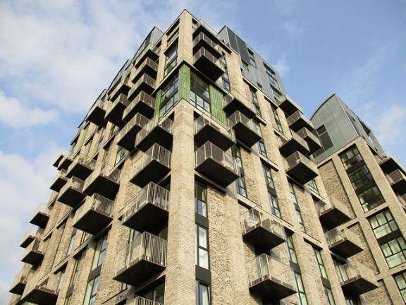 """英国住房慈善机构说,疫情暴露了私人租房者的""""严峻现状"""""""