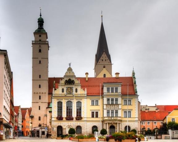 巴伐利亚被称为德国最富有最安全的州,除了房子贵,没其他毛病了