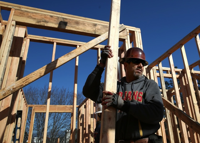 美国:尽管木材价格创下历史新高,但 4 月房屋建筑商信心上升