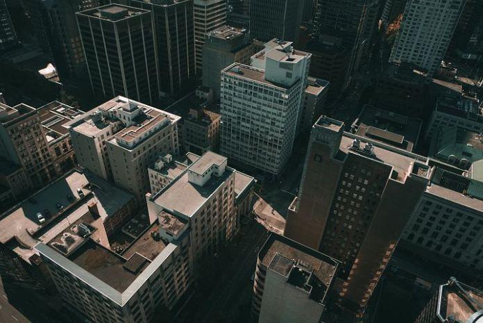 加拿大公寓行业成热门:建筑繁荣,租金上涨