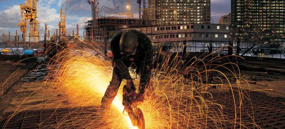 美国国土安全部在 COVID-19 爆发期间将建筑业指定为必不可少的基础行业