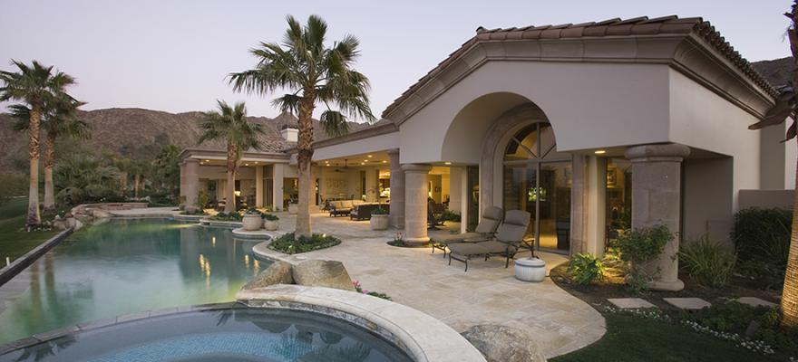 美国拉斯维加斯以破纪录的高房价结束了不平静的一年