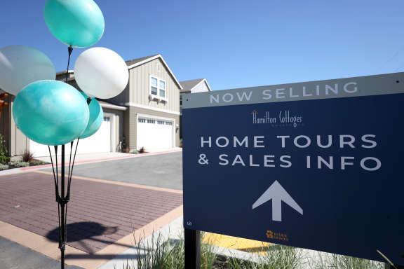 随着美国确诊病例再次激增,房地产市场的悲观情绪明显增强