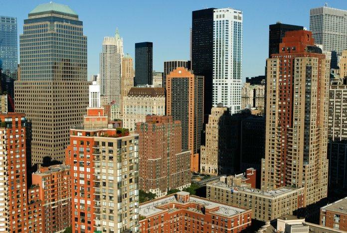 2020 年末曼哈顿住宅销售强劲