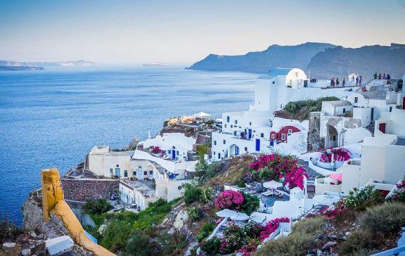 希腊通过增值税暂停计划来推动建筑和房地产行业