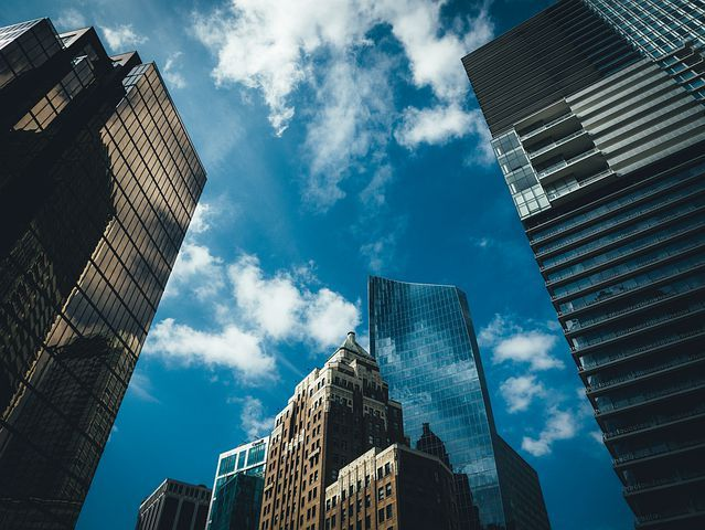 在经济放缓的大背景下,加拿大房产市场表现出色