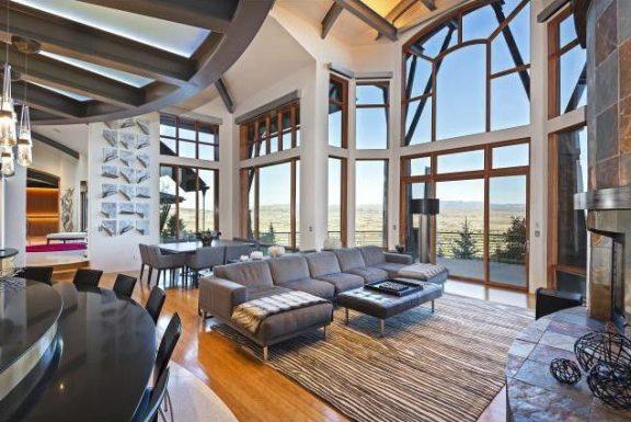 NBA 传奇人物迈克尔·乔丹以 750 万美元的价格出售帕克城的山区度假屋