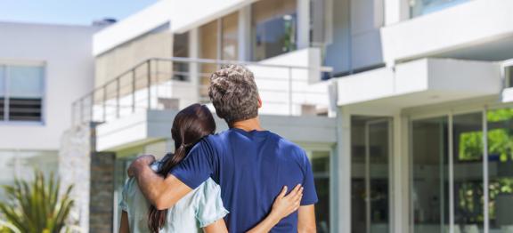 美国房价上涨 13% 创历史新高