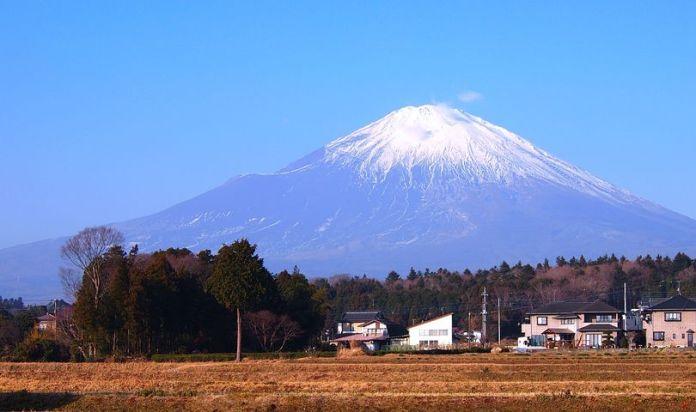 疫情期间日本静冈的温泉度假城市 Atami 备受关注