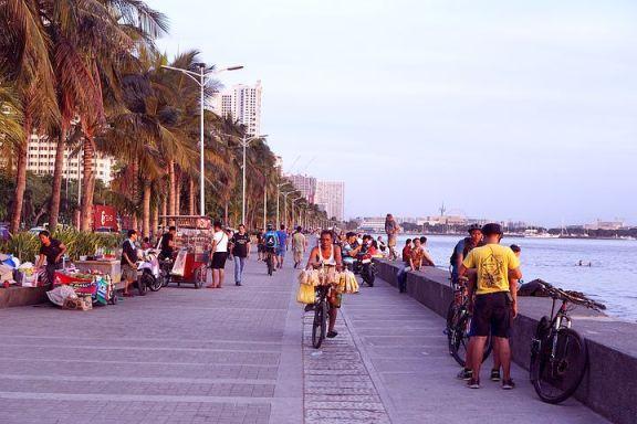 菲律宾富人推动了马尼拉附近海滩的房产销售