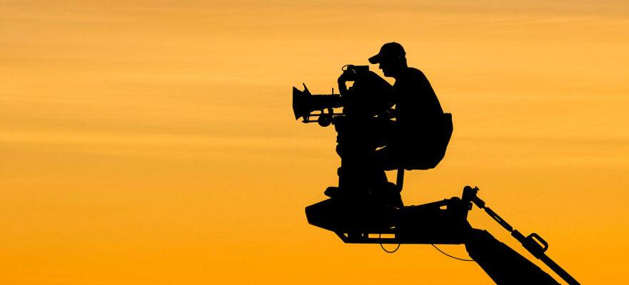 爆炸性的流媒体需求推动了纽约市对电影工作室空间的需求