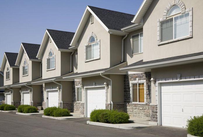 新的一年,美国住房市场向郊区倾斜