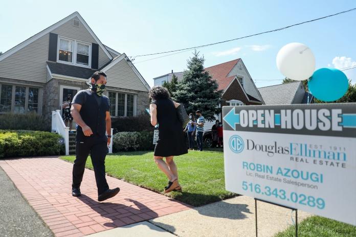 美国春季房地产市场流失 20 多万套房源