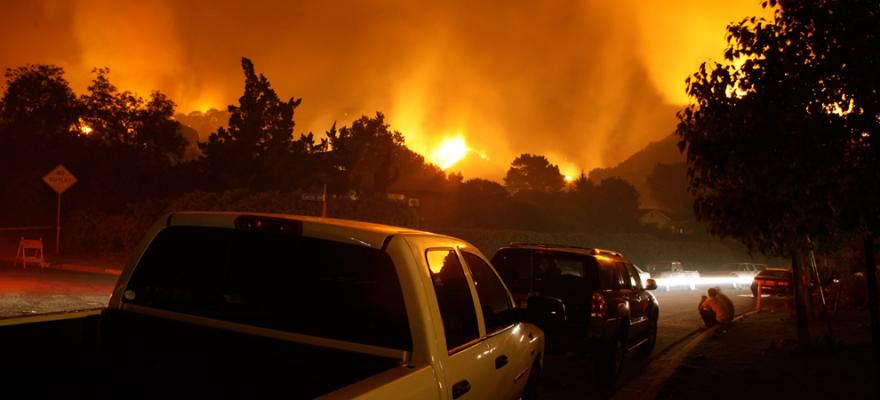 受山火影响,美国北加州城镇房产价值下跌 21%