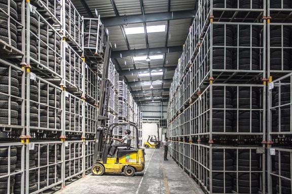报告显示,7、8 月新加坡多用户厂房租赁量下降 34.4%