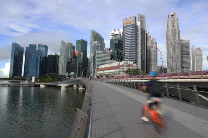 高纬环球:上半年新加坡房地产投资销售下降 45%