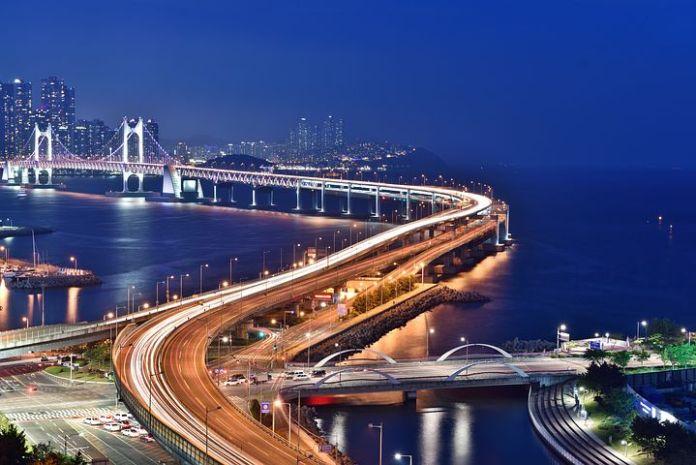 韩国商业地产和物流产业发展势头不错
