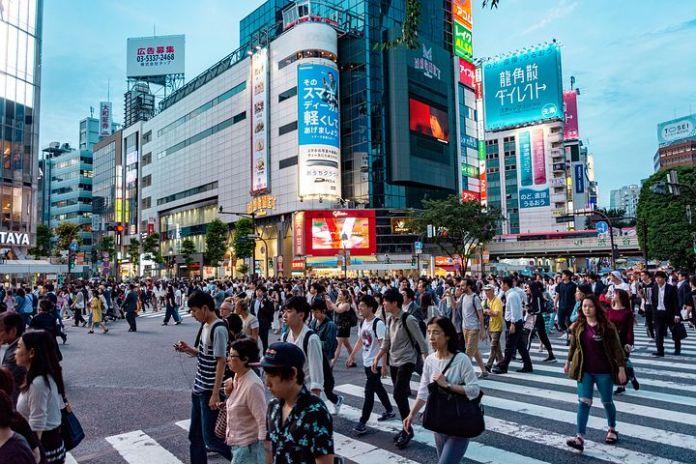 2020 年东京外国居民净外流