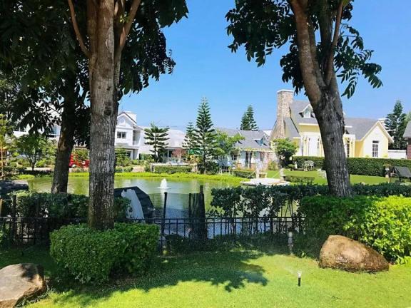 布鲁斯托别墅 -Bristol Park Pattaya