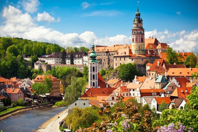 捷克:一个疫情前后表现都很活跃的房地产市场