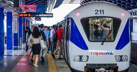 2020 年第一季度马来西亚人口攀升至 3273 万