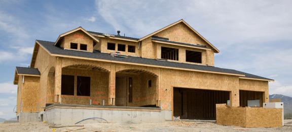 美国建筑业开工量 4 月份出现历史性下滑