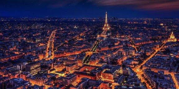 雅诗阁延长主租约,并减免法国馨乐庭物业租金