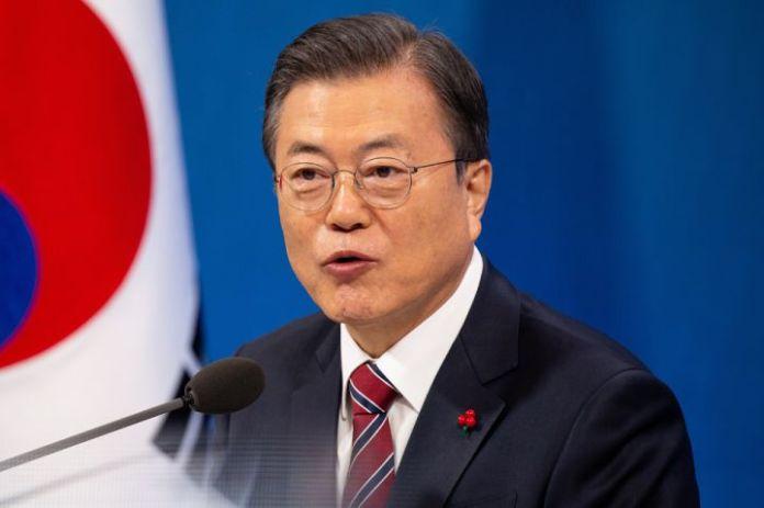 """韩国总统承诺采取 """"非常措施"""" 供应住宅"""