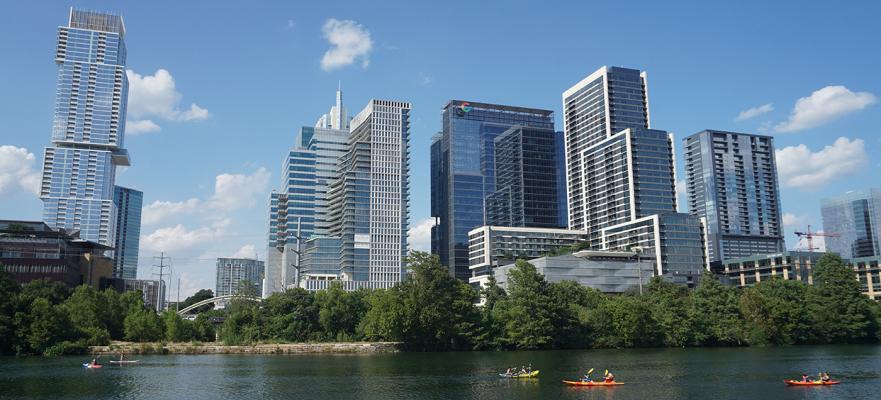 美国豪华住宅的销售增长速度是中等价位住宅的两倍