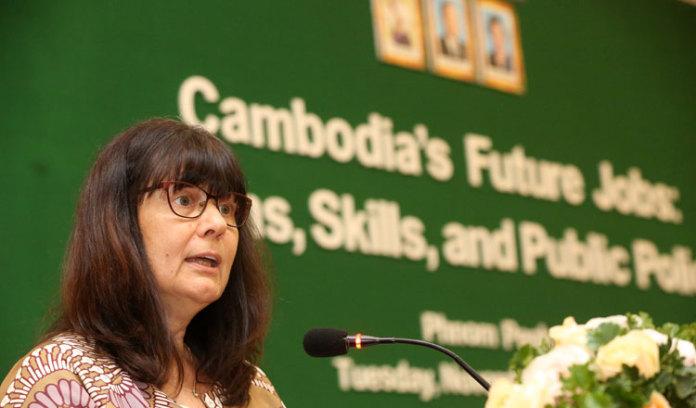 世界银行批准拨款 2000 万美元协助柬埔寨抗击 COVID-19