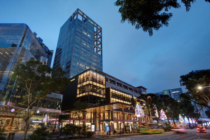 新加坡 Courts 将在海伦开设新的旗舰店取代 Robinsons