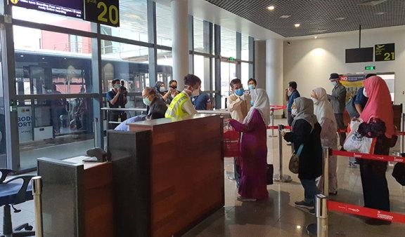 冠状病毒大流行重创柬埔寨航空业