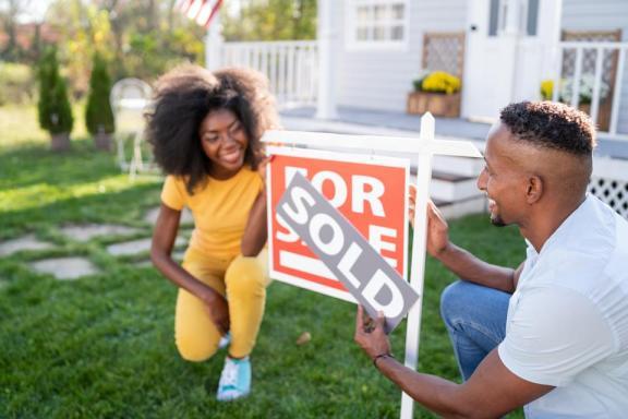美国房地产市场持续上涨