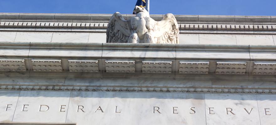 美联储计划外降息立即引起美国房地产业的反应