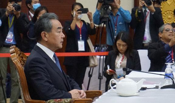 柬埔寨航空部门寻求政府援助